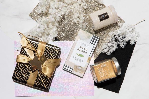 Gold Christmas 2020 Gift Box